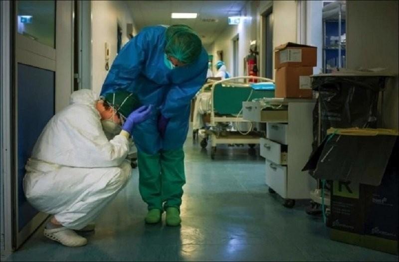 375 de cadre medicale infectate cu coronavirus în România. Evidenţa pe judeţe